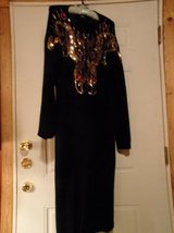 #OFCC LADIES DRESS LAMBS WOOL/ANGORA SIZE LARGE SEQUINS/ COLORED STONE in Fort Hood, Texas