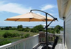 10 foot offset patio umbrella, New In Box in Beaufort, South Carolina