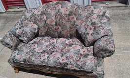 Floral Couch in Kansas City, Missouri