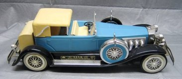 Jim Beam Decanter - 1934 DUESENBERG Model J PHAETON - Light Blue in Aurora, Illinois