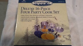 New Stansport - Deluxe 16 Piece Four Party Aluminum Cook Set in Morris, Illinois