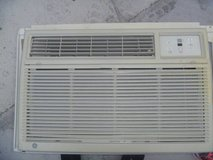 very good condition ge air conditioning unit ash10aas1 10500 btu 110v 80071 in Huntington Beach, California