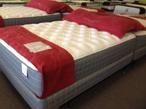 SO SOFT! Brand New! LUXURY PLUSH 15' THICK Mattress! FREE DELIVERY! in Bolingbrook, Illinois