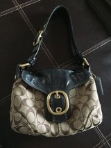 coach soho h0773-11441 signature jacquard & leather petite flap hobo purse in Orland Park, Illinois