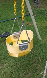Baby / Toddler Bucket swing in Clarksville, Tennessee