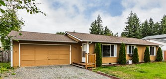 Cozy 3 Bdrm W/Access to Lake Lawrence! 155th in Fort Lewis, Washington