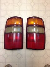 2000-2002 TAHOE AND SUBURBAN TAIL LIGHTS in Savannah, Georgia