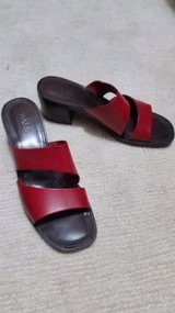 Bass Sandals with Heels - Red 9 1/2 - Like New in Joliet, Illinois