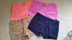 GAP  Shorts - Size 6 - Beige, Navy, Pink or Salmon in Joliet, Illinois