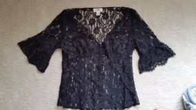 LOFT - Lace Top - Black - Size 6 in Naperville, Illinois