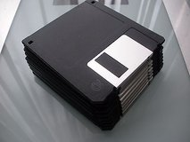 "3.5"" floppy disk diskette 10 pack mf-2hd 1.44 mb black nip in Joliet, Illinois"