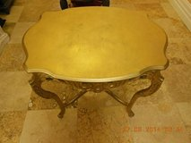 Antique Oval French Side Table in Fairfield, California