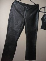 WOMEN'S LEATHER PANTS-WILSON LEATHER-MEDIUM in Yucca Valley, California