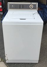 Maytag Heavy Duty Extra Capacity Washer in Fort Belvoir, Virginia