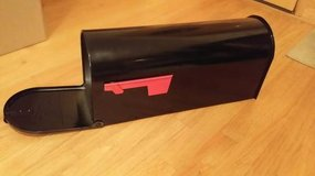 *NEW* black mailbox; great for wedding envelopes! in Naperville, Illinois
