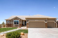 Close to Peterson, beautiful home in Fort Carson, Colorado