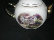 "thomas kinkade ""home is where the heart is ii "" teapot with gold trim in Camp Lejeune, North Carolina"