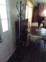 Coat hanger*Umbrella Holder*Like New in Fort Leonard Wood, Missouri