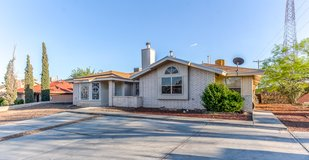 Gorgeous Duplex Rental On The Eastside! in Fort Bliss, Texas