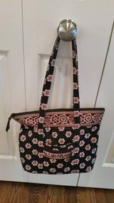 Vera Bradley Villager Handbag Purse in Bolingbrook, Illinois