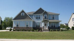 Spacious and Beautiful 5 Bedroom, 4 Bathroom Home! in Fort Bragg, North Carolina