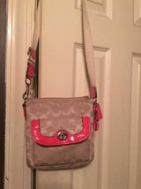 Coach Tan White Pink Purse in Fort Riley, Kansas