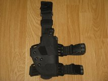 Uncle Mike's PRO-3 Dual Retention Thigh Holster, Black, Right Hand, Size 22 in Camp Pendleton, California