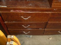 excellent condition six drawer chest of drawers dresser beautiful stain 80376 in Fort Carson, Colorado