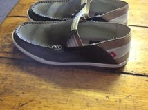 quicksilver men slip on shoes size 6 in 29 Palms, California