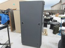 net app nac0501 gray powder coated completely enclosed server cabinet rack 32176 in Huntington Beach, California