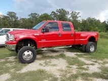 05 Ford F350 4WD Diesel lifted in Fort Polk, Louisiana