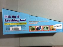 NEW diny pick-up and reaching tool personal care product extend your reach 32 INCH  new in Houston, Texas