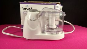 Rival FPRVMC3000 1-1/2-Cup Mini Chopper, White (T=26) in Fort Campbell, Kentucky