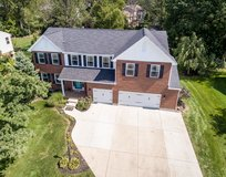 390 Wayside Dr, Beavercreek: 4 Bedrooms, 2.5 Baths in Wright-Patterson AFB, Ohio