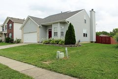 180 Clearbrook Dr, Franklin: 4 Bedrooms, 2.5 Baths in Wright-Patterson AFB, Ohio