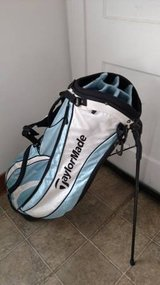 Taylormade Carry Golf Bag - Light Blue/Black - Backpack Straps - Stand in Bartlett, Illinois