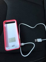iPhone 5/5s Charging Case w/ USB cord in Fort Carson, Colorado