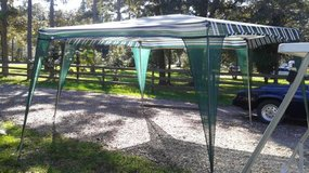 Fiskars Cool Shade Large Canopy Tent in Houston, Texas