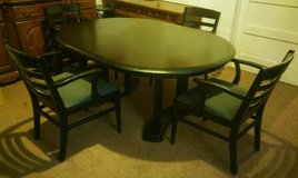 Contemporary Dining Set w/4 Upholstered Chairs & 1 Leaf in Fort Lewis, Washington