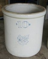 VINTAGE 10 Gallon Western Stoneware Crock in Naperville, Illinois