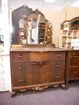 Pretty Vintage Dresser - Mirror in Elgin, Illinois