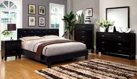 New Black Tufted Queen Bed frame**** FREE DELIVERY in Miramar, California