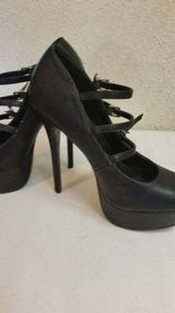 Charlotte Russe strappy black heels in Temecula, California