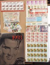 Stamp collection w/1993 stamp collectors book Aprox 980 stamps in Hopkinsville, Kentucky