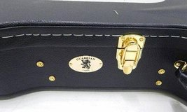 Guardian CG-044-OS Guitar Case with keys in Joliet, Illinois