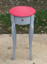 Plant stand table in Bartlett, Illinois