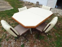 Table & four Chairs*Beautiful*Chairs on Rollers*Lower Price in Fort Leonard Wood, Missouri
