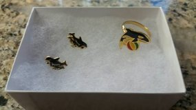 "Vintage Sea World ""Shamu"" jewelry set in Vista, California"