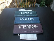 3 ALL WOOD COUNTRY SIGNS FROM PIER 1 in Naperville, Illinois