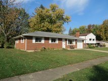 323 Brownstone Dr, Englewood: 3 BR, 1BA, Garage in Wright-Patterson AFB, Ohio